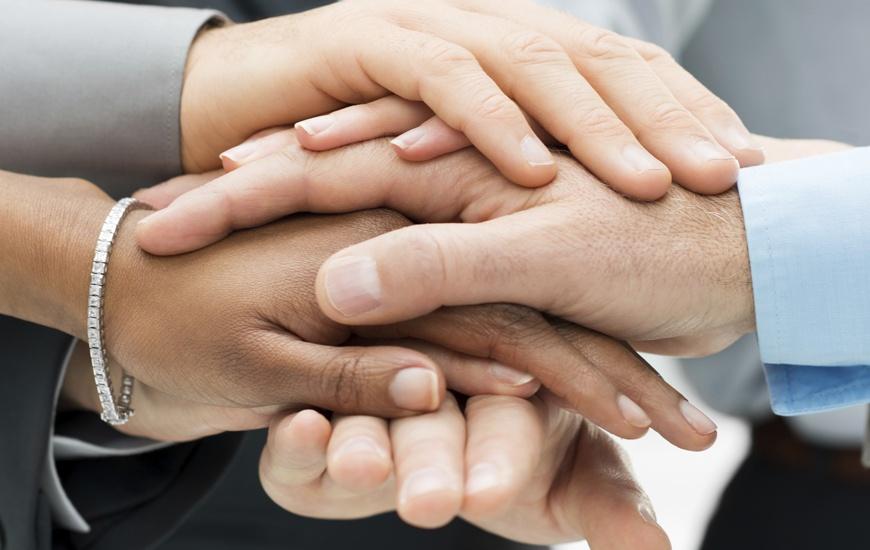 Troubleshooting ist Teamwork - Kolumne im Overhead von Peter Strassl